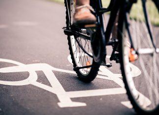 andare in bici aiuta a dimagrire e previene le malattie cardiovascolari