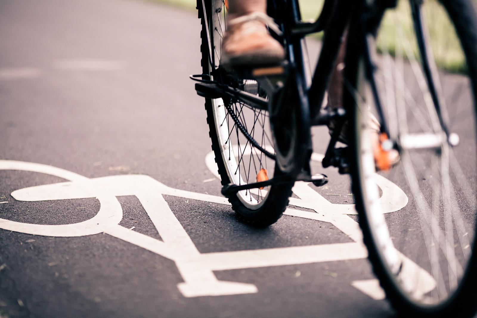 perdere peso bicicletta o corsa