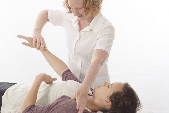 la-chinesiologia-che-cose-come-si-pratica-ed-effetti-benefici