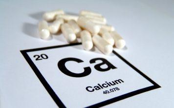 calcio proprieta benefici e controindicazioni di questo minerale