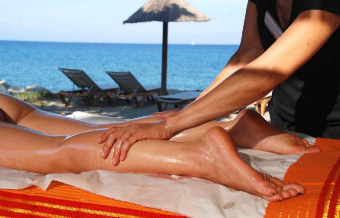 massaggio californiano che cose benefici e dove viene praticato