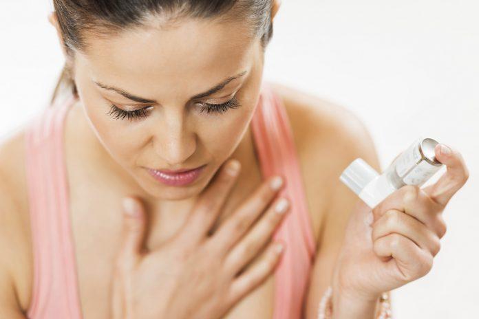 Bronchite: che cos'è, sintomi, cause, diagnosi e possibili rimedi naturali