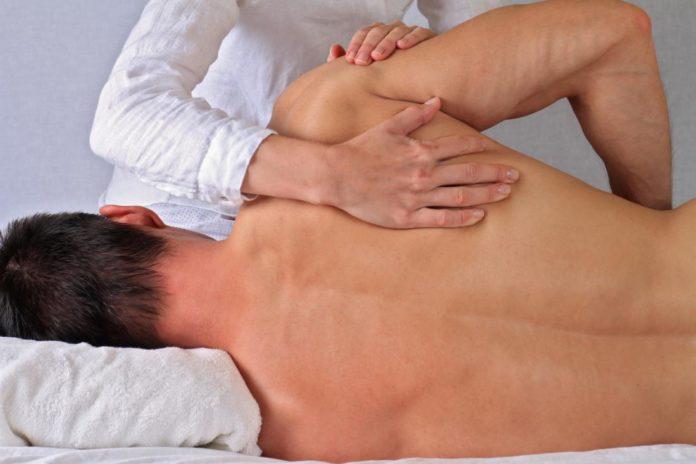 Osteopatia: che cos'è, principi, cosa cura, tipologie e quando rivolgersi all'osteopata