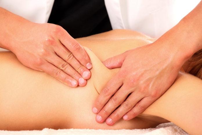 Massaggio Connettivale: che cos'è, come viene praticato, benefici e precauzioni