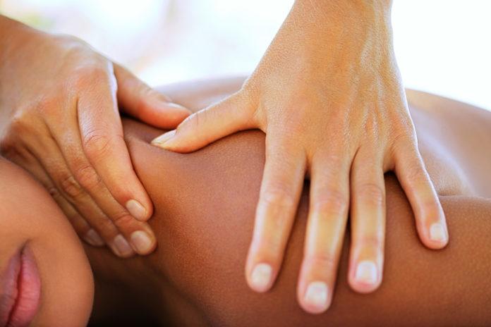 Massaggio Sportivo: che cos'è, come viene praticato, benefici e precauzioni
