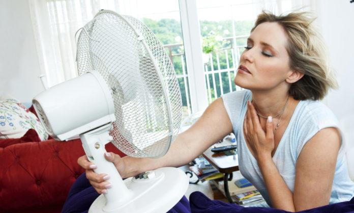 Menopausa: che cos'è, cause, sintomi e controindicazioni