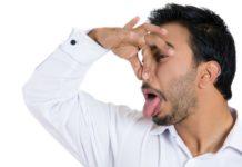 Alitosi: che cos'è, sintomi, causa, diagnosi e possibile cure