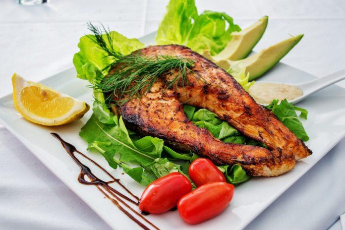 Dieta Pescetariana: che cos'è, come funziona, cosa mangiare e menù di esempio