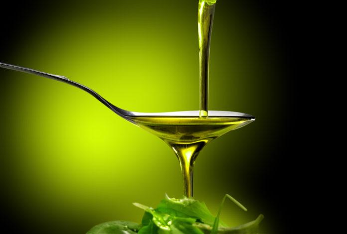 Acido oleico: che cos'è, a cosa serve, dove si trova e controindicazioni