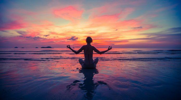Tantra Yoga: che cos'è, benefici e come si pratica
