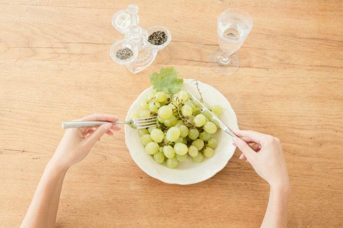 Dieta Dell'Uva: che cos'è, come funziona, cosa mangiare e menù di esempio