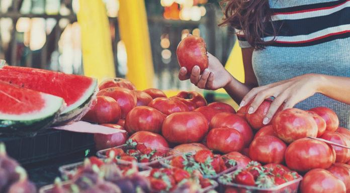 Dieta Rossa: che cos'è, come funziona, cosa mangiare e controindicazioni