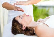 Massaggio Reiki: che cos'è, benefici, come viene praticato e controindicazioni