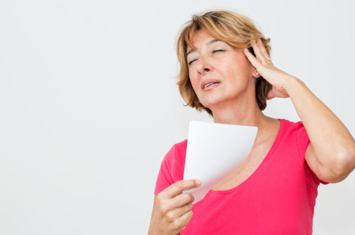 Vampate di Calore: cosa sono, cause, sintomi, diagnosi e possibili cure