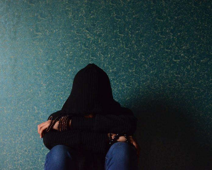 Distimia: che cos'è, cause, sintomi, diagnosi e possibili cure