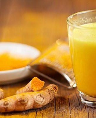 Golden Milk: che cos'è, a cosa serve, benefici, come si realizza, tipologie, utilizzi e controindicazioni