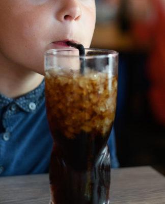 Messico vieta bevande zuccherate e di cibi ipercalorici ai minori