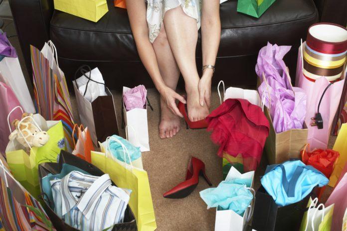Shopping Compulsivo: che cos'è, cause, sintomi, diagnosi e possibili cure