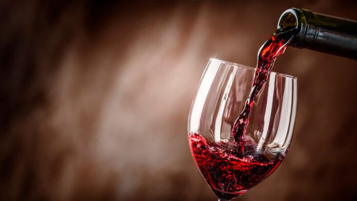Vino Rosso: che cos'è, valori nutrizionali, proprietà, benefici e controindicazioni