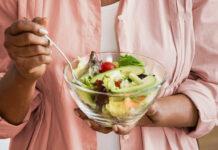 Dieta per dimagrire in menopausa: che cos'è, come funziona, cosa mangiare ed esercizi