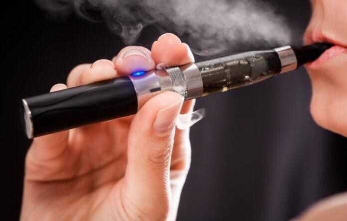 Sigaretta Elettrica: che cos'è, come funziona, benefici, quanto costa e controindicazioni